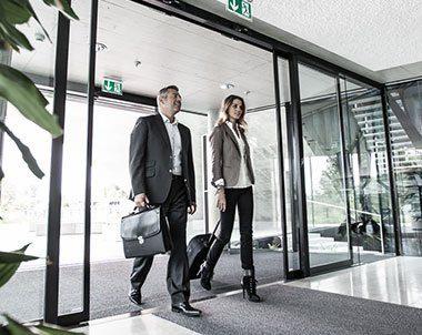 platinum-auto-doors-modern-door-closing-corporate-office